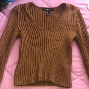 Forever 21 Brown Knit shirt 🤎🤎 v neck
